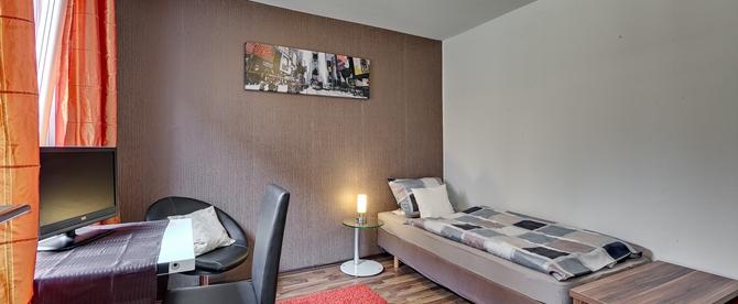670-276-Einzelzimmer